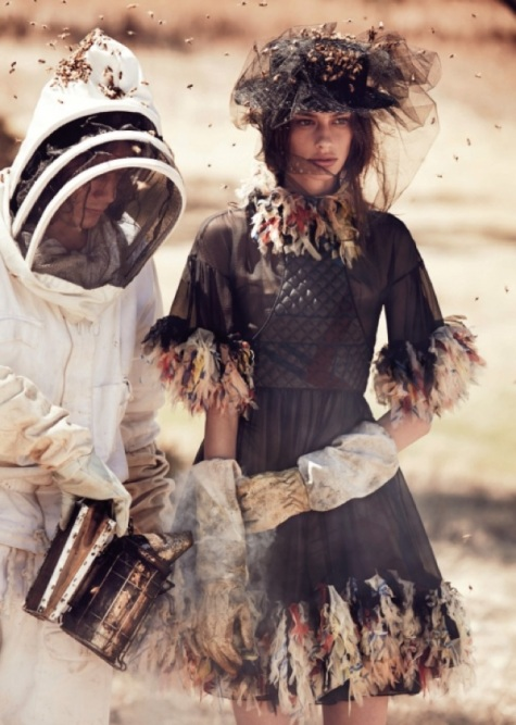 Bugs-Insects-fashion-editorial-9